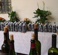 Bottiglie pronte per degustazione